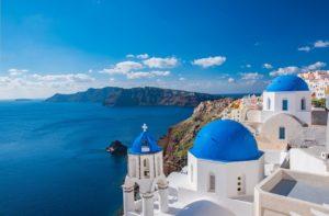 Santorini Honeymoon – Top 10 Hotels & Guide for 2021honeymoon destination