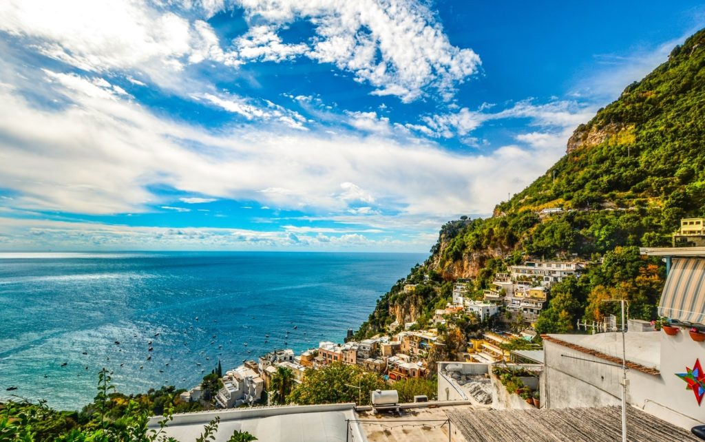 beautiful amalfi coast honeymoon destination