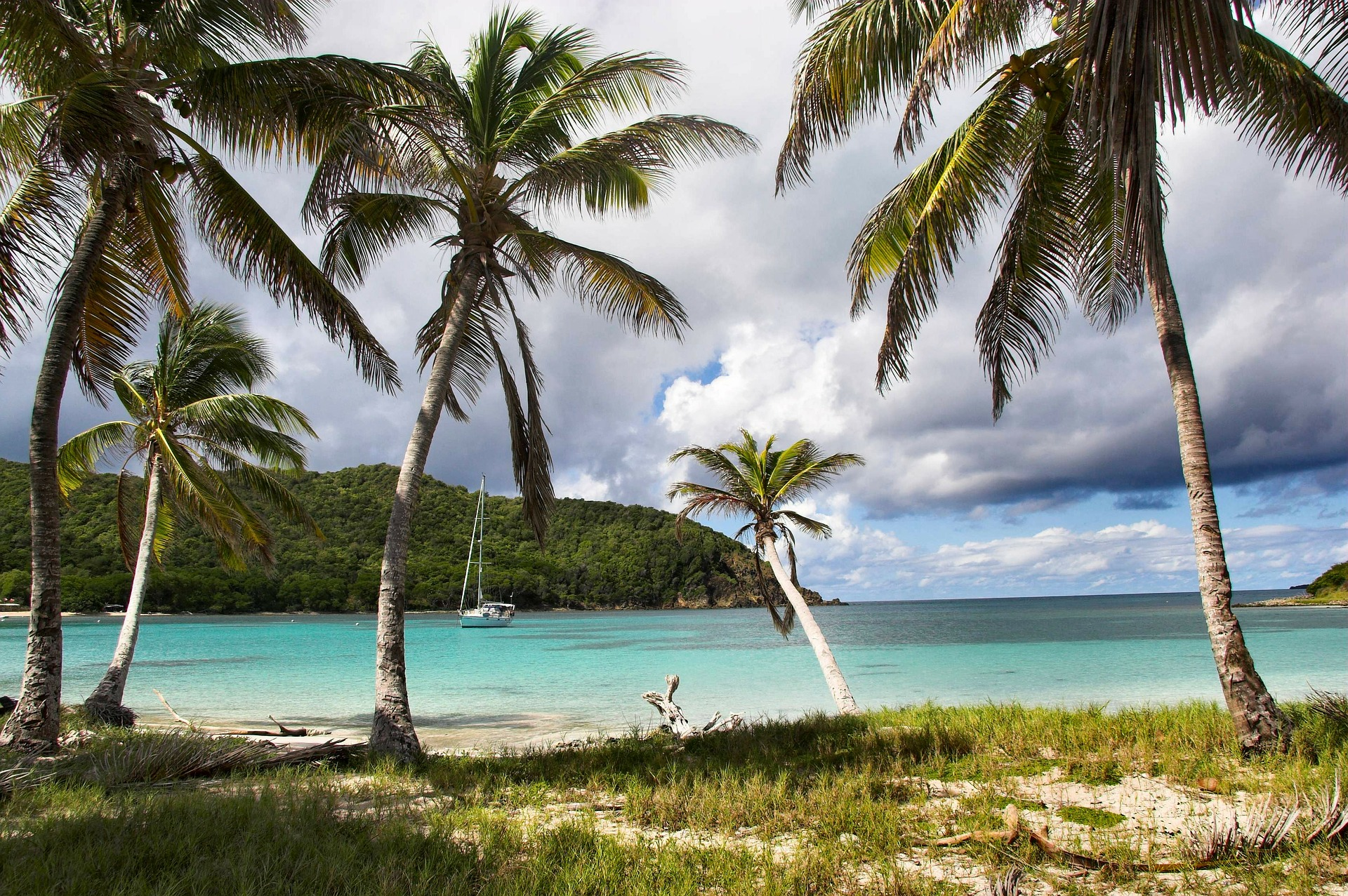 St. Vincent & The Grenadines honeymoon destination