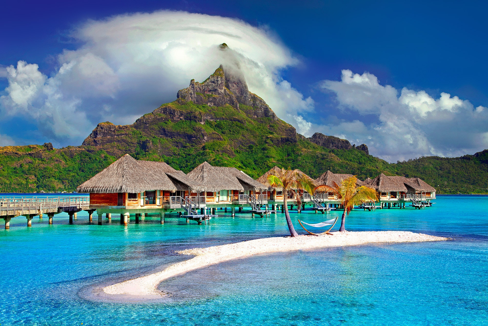Tahiti honeymoon destination