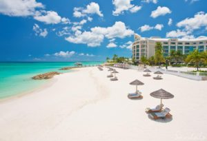 Sandals Royal Bahamian Honeymoon Review & Guidehoneymoon destination